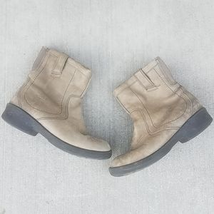 KEEN Tyretread leather ankle boots size 7